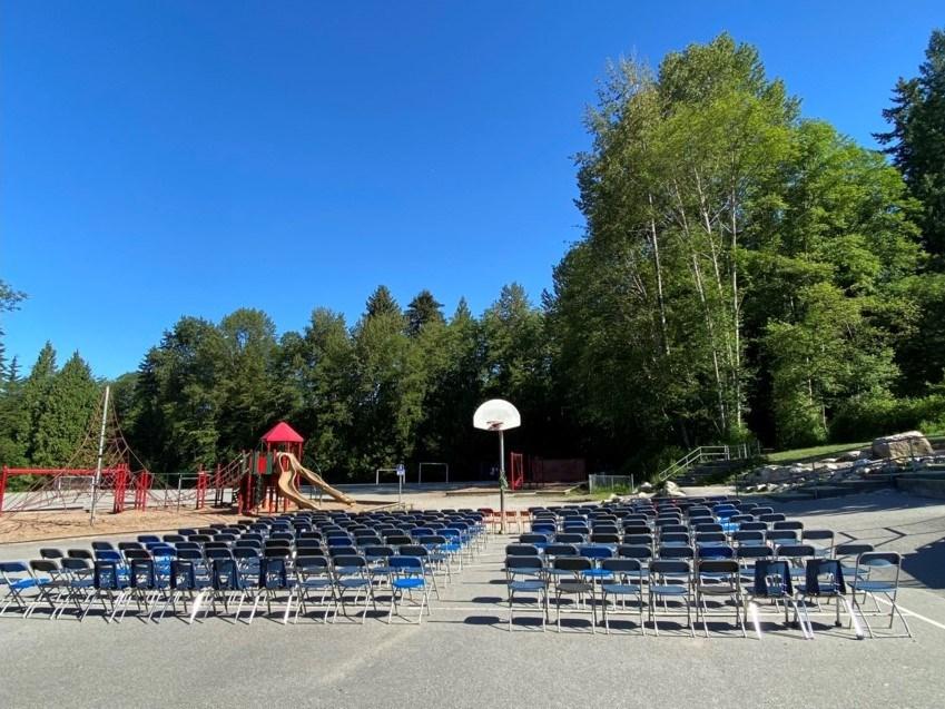 215-chairs.jpg