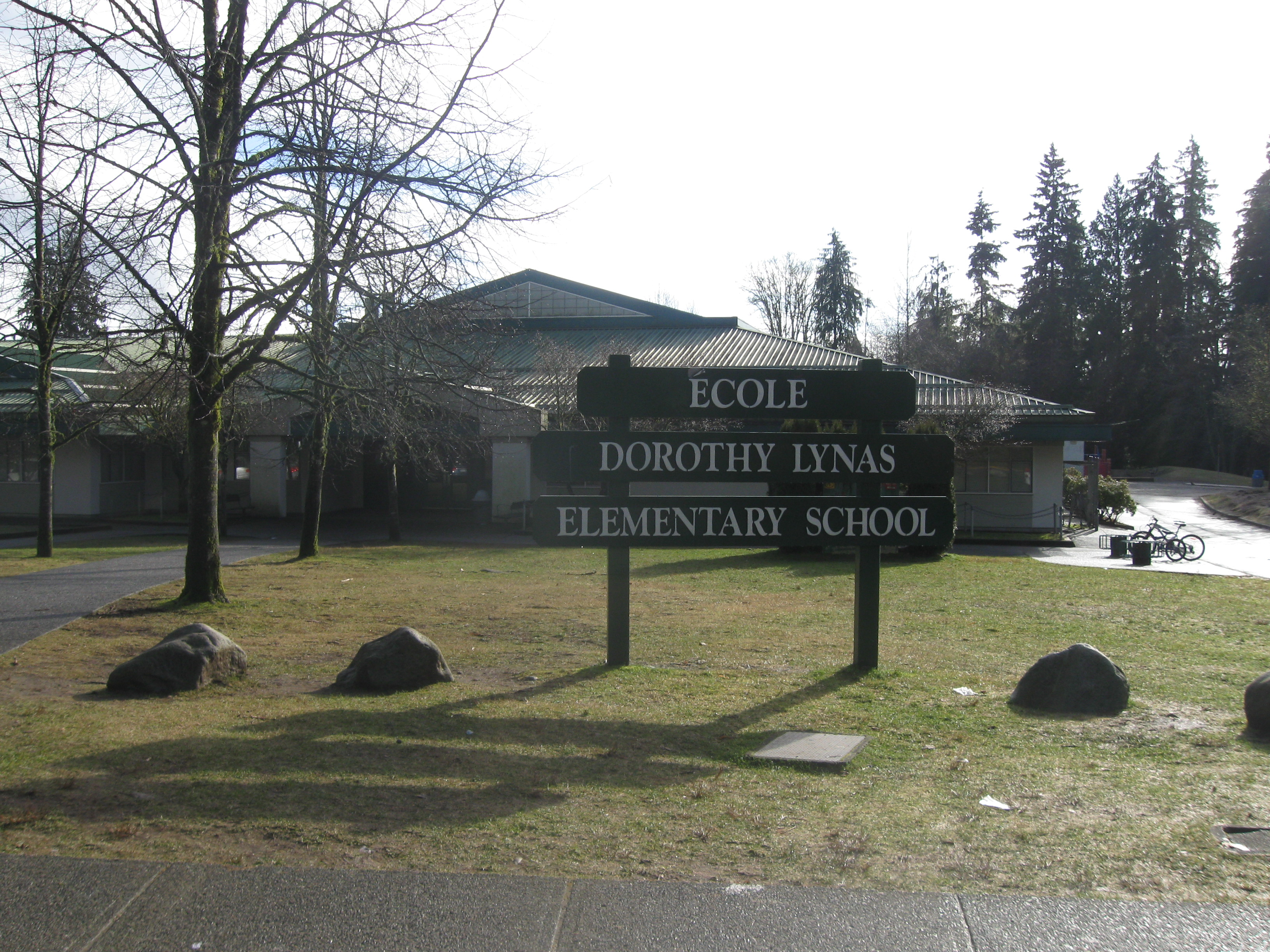 WELCOME TO ECOLE DOROTHY LYNAS...