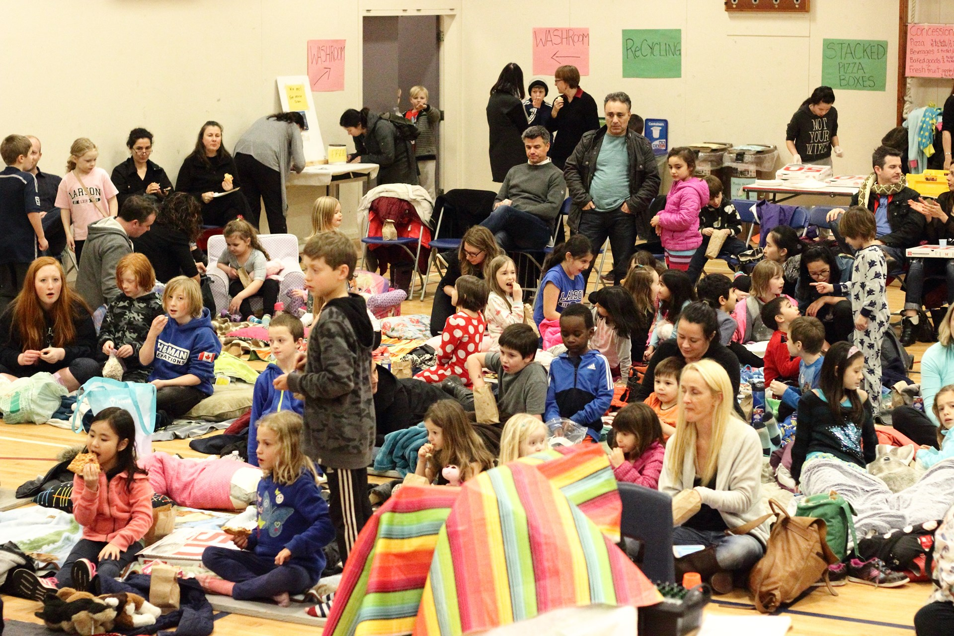 Movie Night 2016_03.JPG